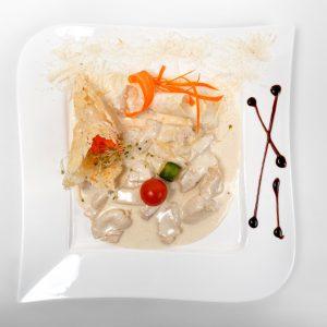 Piept de pui cu sos parmezan (250/100 g)